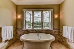 060_Master Bathroom